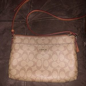 COACH SIGNATURE EAST WEST POP CROSSBODY In Tan